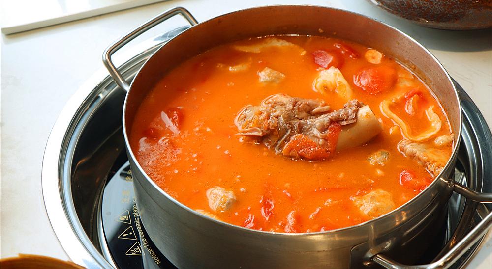 一王:番茄牛腩煲